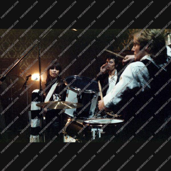 The pretenders drummer
